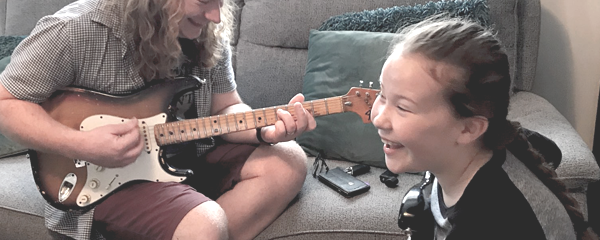 Child guitar lessons in Crawley